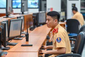 Cảnh sát giao thông Hà Nội tăng cường ứng dụng khoa học, công nghệ chống ùn tắc và tai nạn