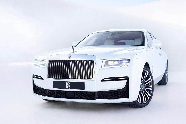 Rolls-Royce ưu tiên sang trọng hơn công nghệ