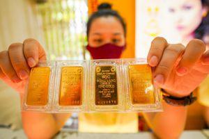Giá vàng miếng giảm mạnh