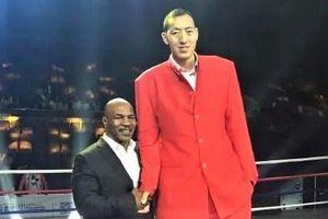 Cuộc sống của cựu tuyển thủ bóng rổ cao nhất Trung Quốc
