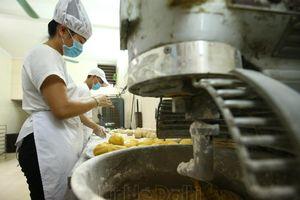 Yêu cầu đóng cửa các cơ sở sản xuất bánh Trung thu chống đối đoàn kiểm tra