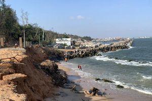Bình Thuận báo động tình trạng xâm thực sạt lở bờ biển