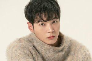 Sao nam 'kén' kịch bản nhất showbiz Hàn là ai?