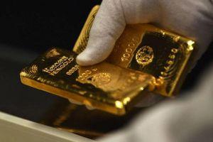 Giá vàng hôm nay 22/9: Giảm còn 1.910 USD/ounce