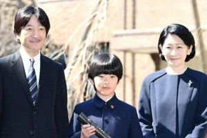 Chân dung Hoàng tử bé Nhật Bản Hisahito: Mới sinh ra đã gánh trên vai tương lai hoàng gia lâu đời nhất thế giới