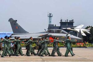 Tiêm kích Rafale - vũ khí làm 'thay đổi cuộc chơi' của Không quân Ấn Độ