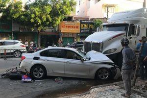TP.HCM: Container gây tai nạn liên hoàn, nhiều người bị thương