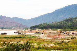 Ngầu đục hồ Cam Ranh