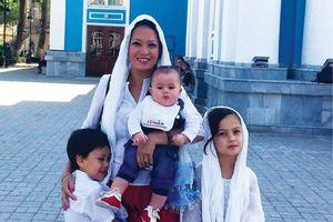 Chuyện của gia đình sống ở nhiều quốc gia