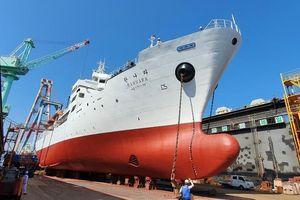 Sinh viên trường ĐH Hàng hải Việt Nam sẽ học trên tàu '5 sao' do Hàn Quốc trao tặng