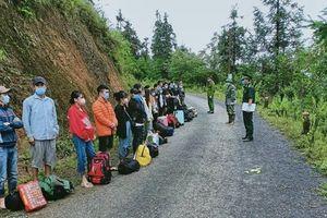 Trong 24 giờ, Đồn Biên phòng Xín Cái phát hiện 27 công dân nhập cảnh trái phép