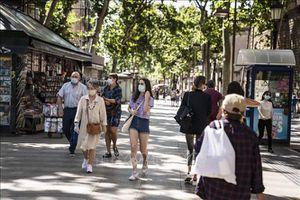 Tây Ban Nha mở rộng các biện pháp hạn chế để ngăn chặn dịch COVID-19