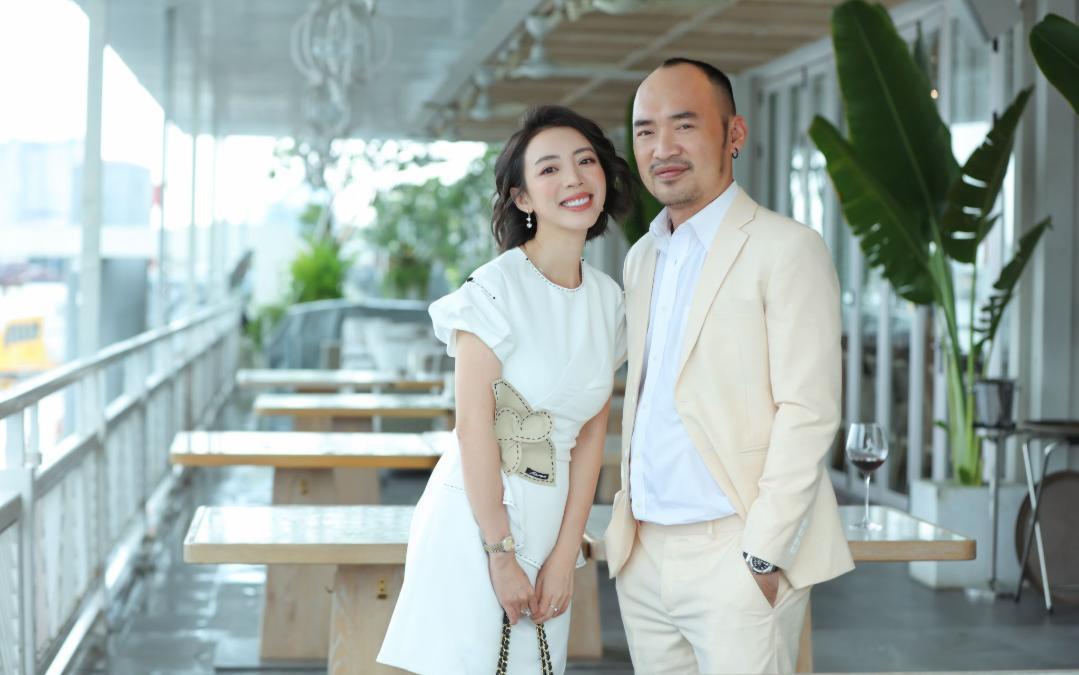 Thu Trang ngày càng sang chảnh, kể chuyện được cha con Tiến Luật tổ chức sinh nhật