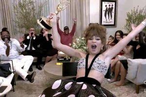 Những khoảnh khắc của Zendaya khi giành giải Emmy lịch sử và tiết lộ về phần mới của bộ phim 'Euphoria'