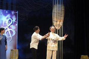 Vở diễn về thân phận nghệ sĩ 'Dưới ánh đèn' trở lại trong Ngày Sân khấu Việt Nam