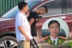 Vì sao cảnh sát e ngại bắn vào kẻ chống đối hung hãn?