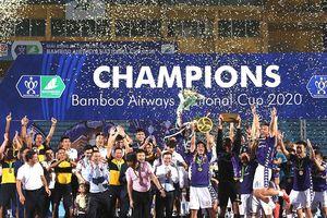 Bóng đá Việt Nam với biểu tượng vô địch