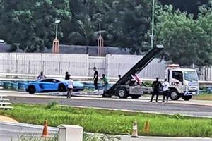 Lamborghini Aventador SV gặp sự cố trên đường đua Đại Nam