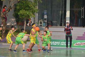 Góp phần nâng cao thể lực, tầm vóc cho trẻ em qua Giải Bóng rổ học sinh tiểu học Hà Nội
