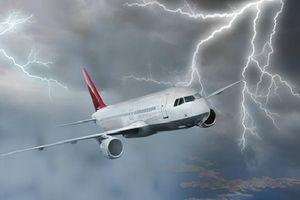 Hệ thống thu lôi máy bay có đảm bảo an toàn cho người xung quanh?