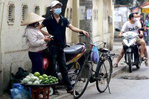 ILO: COVID-19 khiến người lao động sụt giảm 'khổng lồ' về thu nhập
