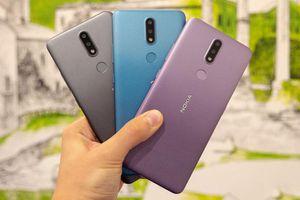 Cận cảnh Nokia 2.4 với camera kép, pin 4.500 mAh, giá 'hạt dẻ'