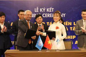 Hợp tác đưa Hà Nội trở thành ''Kinh đô sáng tạo'' của UNESCO