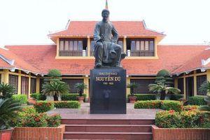 Kỷ niệm 255 ngày sinh và 200 năm ngày mất đại thi hào Nguyễn Du: Di sản vô giá của dân tộc