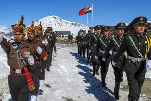Trung Quốc, Ấn Độ chi viện cho biên giới trước mùa đông