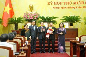 Bãi nhiệm ông Nguyễn Đức Chung, bầu ông Chu Ngọc Anh làm Chủ tịch UBND TP Hà Nội