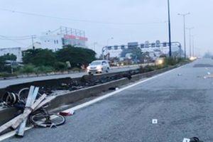 Người đàn ông đi xe đạp bị 2 ô tô tông trúng tử vong