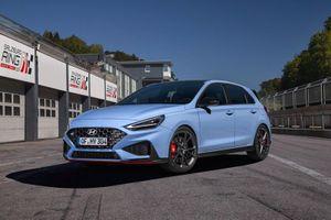 Hyundai i30 N 2021 ra mắt: Cải tiến hiệu suất, thêm công nghệ