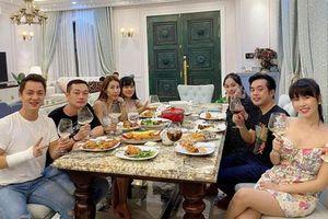 Dương Khắc Linh - Sara Lưu tụ họp tại biệt thự triệu đô của vợ chồng Đăng Khôi, sáng nhất nhan sắc 'gái 2 con' Thủy Anh
