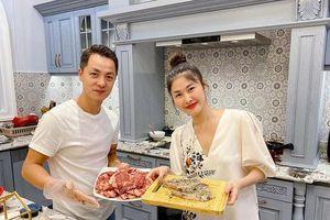 Nhan sắc 'gái 2 con' của vợ Đăng Khôi gây chú ý trong bữa tụ họp cùng Dương Khắc Linh - Sara Lưu