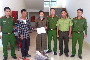 Mang 2 con rắn hổ mang chúa đi tiêu thụ, hai đối tượng bị bắt ở Hà Tĩnh