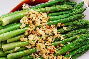 Một tác dụng 'thần thánh' của măng tây khiến không chỉ chị em mà đàn ông cũng thi nhau ăn loại rau này