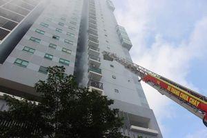 Hà Nội: Cháy giả định tại tòa nhà cao tầng khiến 6 người mắc kẹt