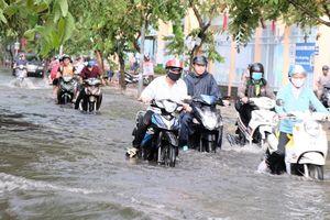Trường học lên phương án bảo đảm an toàn học sinh trong mùa triều cường, mưa ngập