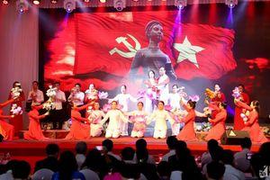 Trọng thể Lễ kỷ niệm 110 năm ngày sinh đồng chí Nguyễn Thị Minh Khai