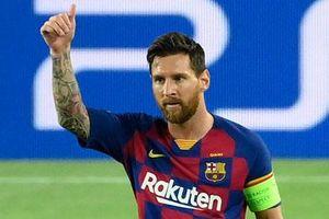Tuổi cao sức yếu, Messi đá như số 9 ảo là hợp lý