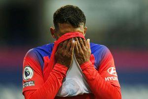 Thiago Silva bẽ mặt ngày ra mắt, HLV Lampard nói điều bất ngờ