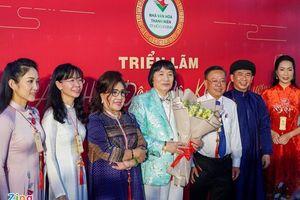 Nghệ sĩ Minh Vương mở triển lãm ảnh 60 năm đi hát