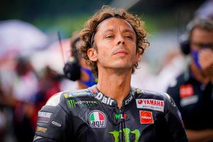 Valentino Rossi gia nhập đội đua Petronas Yamaha SRT từ MotoGP 2021
