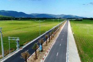 Phó Thủ tướng: 'Hạ tầng giao thông là nền tảng cơ bản để thu hút đầu tư'