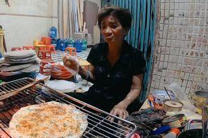 Chủ quán bánh tráng ở Đà Lạt bị tố đuổi, chửi khách