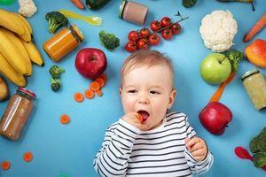 Nên cho trẻ ăn gì vào thời điểm giao mùa hè - thu?