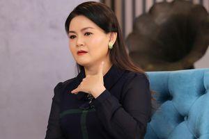 Trinh Trinh bị nhắn tin nặc danh chửi 'giựt chồng', 'đào mỏ' khi đến với Kim Tử Long