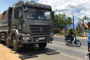 Xe quá tải vẫn đầy đường ở miền Đông Nam Bộ