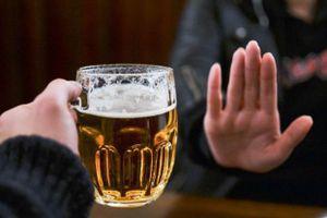 Ép người khác uống rượu, bia có thể bị phạt 3 triệu