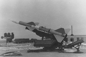 Kinh ngạc: Tên lửa phòng không huyền thoại SA-2 từng có phiên bản hạt nhân